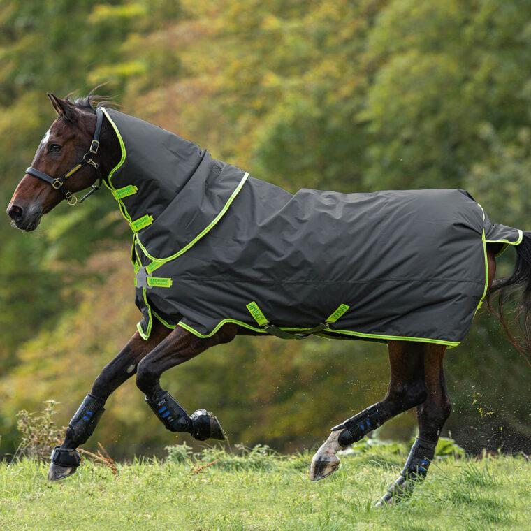 Κουβέρτα Outdoor HORSEWARE Amigo Hero Plus 100gr